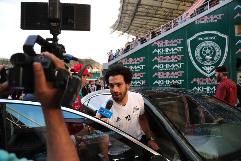 VIDEO | Ai-ai! Fänn haaras Salah'd vigastatud õlast, egiptlane reageeris valulikult