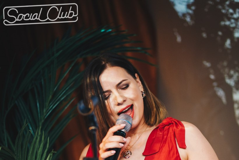 PEOGALERII | Kes peol, kes tööl! Social Clubi küttis kuumaks temperamentne Anna Darling
