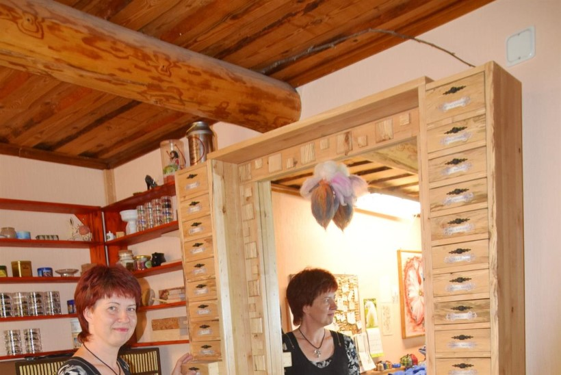 KÜLAS EESTI TALUDES | Nõgese käsitöötalu pererahvas: teeme seda, mida hing ihkab