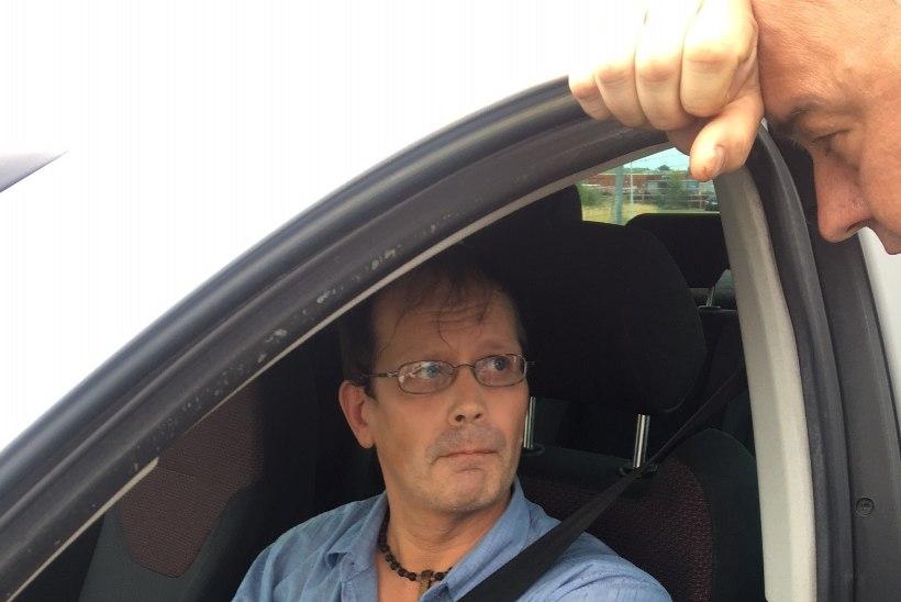 AHISTAV JÄLITAMINE: sariahistaja Leo astus kohtu ette