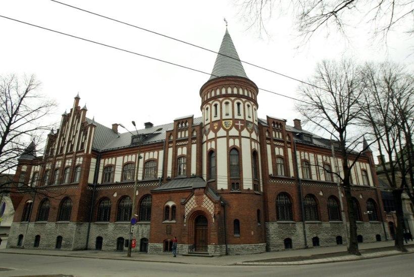 Saladuseks jäänud pressiteade: Eesti Pank kardab nõrk välja paista