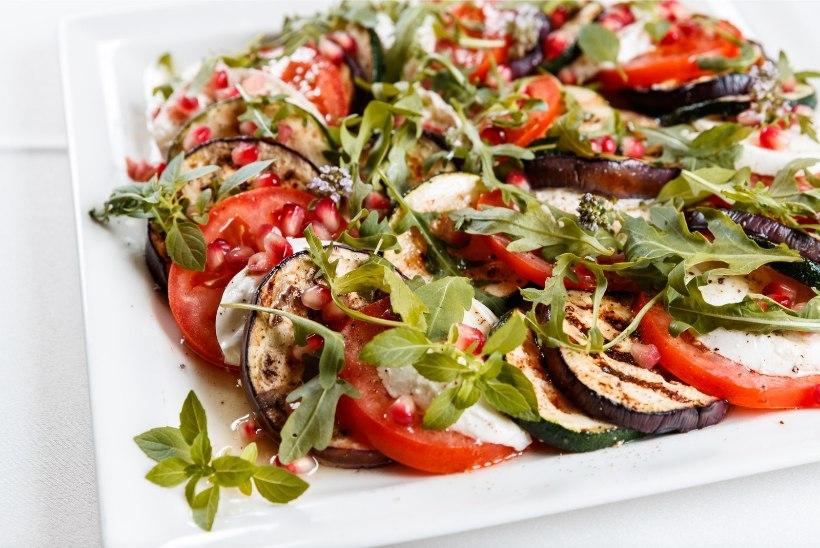 JAANIPÄEV: parimad tervislikud salatid grilliõhtuks