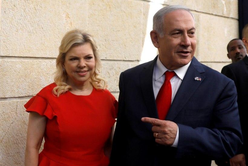 Netanyahu naine kulutas ligi 90 000 eurot riigi raha tippkokkade roogade peale