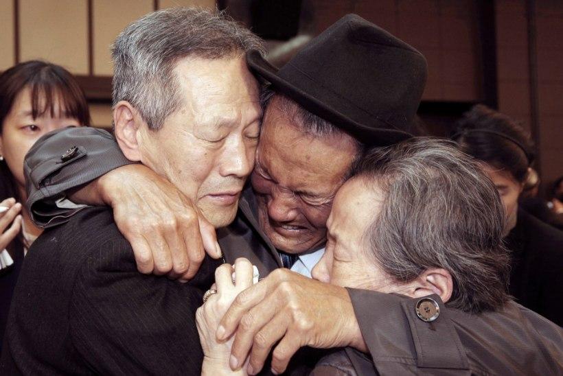 Koread lubavad lõhkikistud perekonnad lühikesele taaskohtumisele