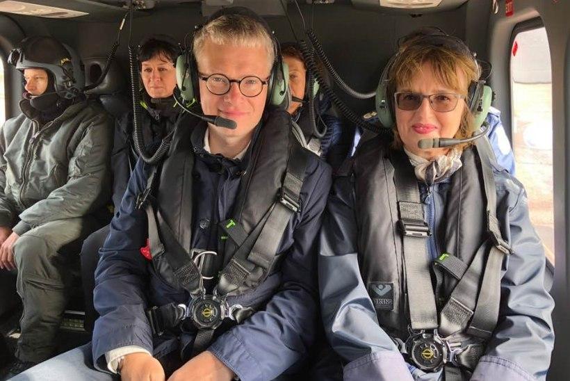 Ruhnlane on marus: rahvas oksendab kuus tundi rikkis laeval, mis kohale ei jõuagi, aga minister sõidab helikopteriga!