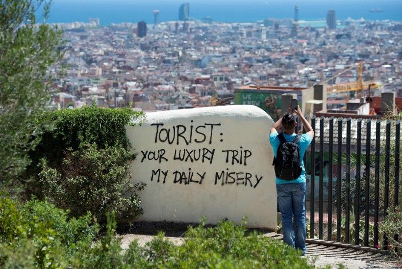 """BARCELONA ELANIKUD: """"Turistid välja, pagulased on teretulnud!"""""""