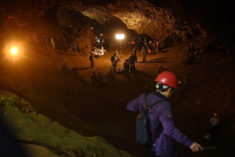 Tais koopasse lõksu jäänud teismelised võivad veel elus olla