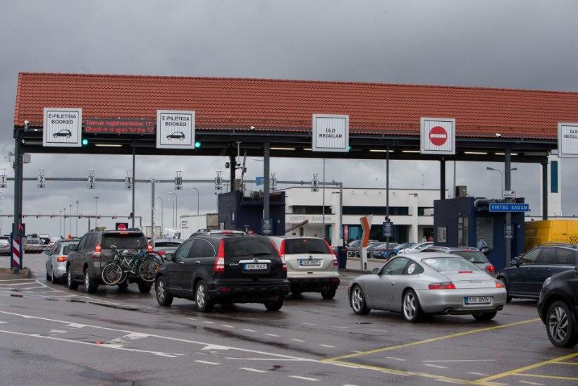 Jaaninädalavahetusel sõitis mandri ja suursaarte vahel 62 228 reisijat