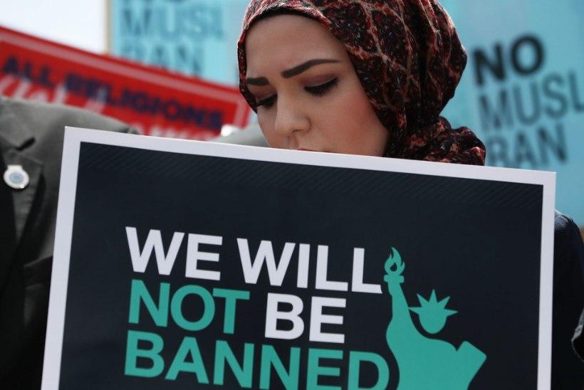 USA ülemkohus otsustas Trumpi reisikeelu islamiriikide kodanikele kehtima jätta