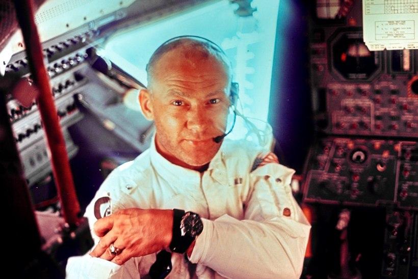 USA kosmoselegend Buzz Aldrin kaebas oma lapsed kohtusse