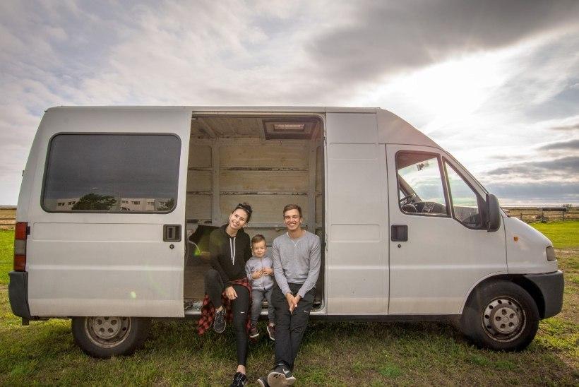 Üheksa kuud kaubikus elanud noor pere teeb enda läbielamistest dokumentaalfilmi