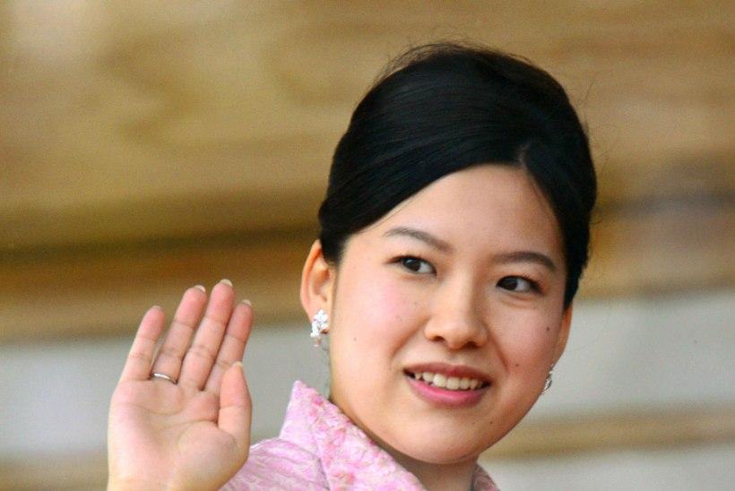 Teinegi Jaapani printsess loobub armastuse nimel tiitlist