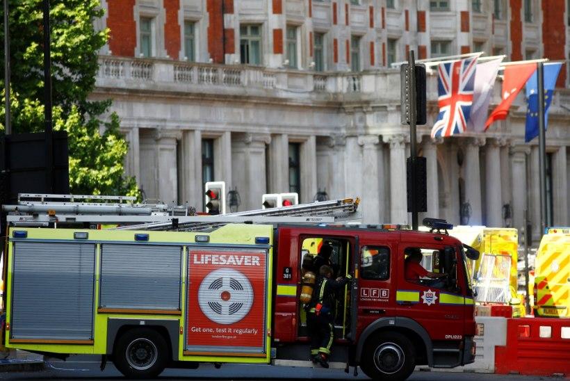 Londoni luksushotell lahvatas leekidesse