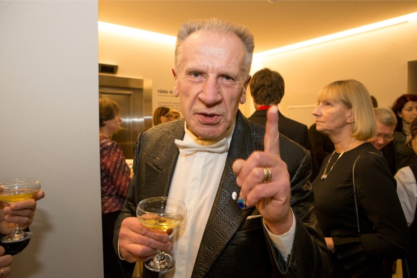 Missivõistluste maaletooja Valeri Kirss: bikiinivooru ärajätmise asemel peaks ära keelama rinna- ja näolõikused!