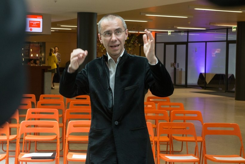 GALERII | Kumus avati Michel Sittowi esimene isikunäitus
