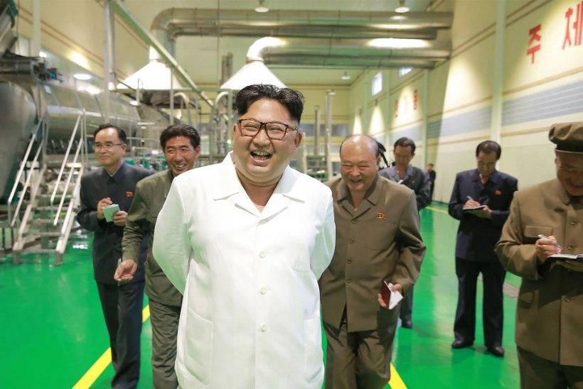 FOTOD | Kim Jong-un eelistas Pompeole kartulipõldu