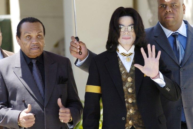 Jacksonite ihuarst: Michael Jacksoni isa lasi poja keemiliselt kastreerida