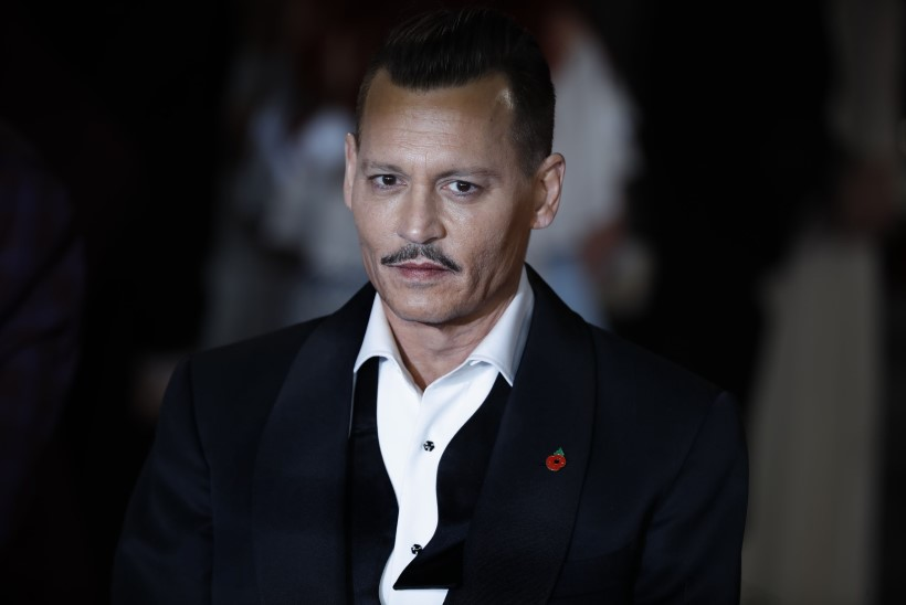 Johnny Depp kaevatakse vägivallatsemise eest kohtusse