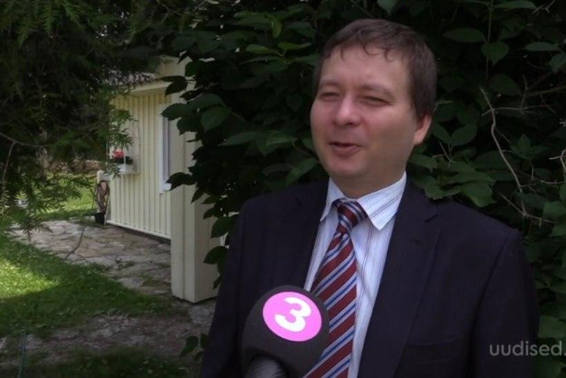TV3 VIDEO | Lastetusmaksu fänn Peeter Espak võrdleb feministide reaktsiooni rullnokkade käitumisega