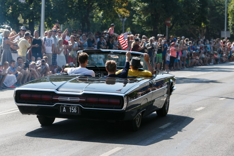GALERII | Neljarattalised kaunitarid patseerisid American Beauty Car Show'l