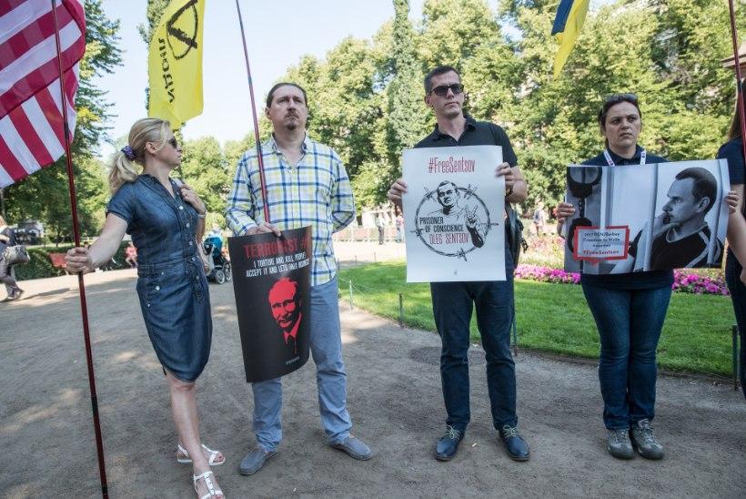 """PÄEV HELSINGIS: """"fašist-Putin ja tola-Trump"""""""