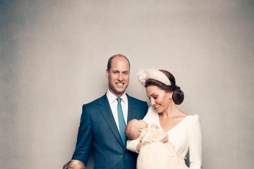 FOTOD | Avaldati prints Louis' ametlikud ristimispildid