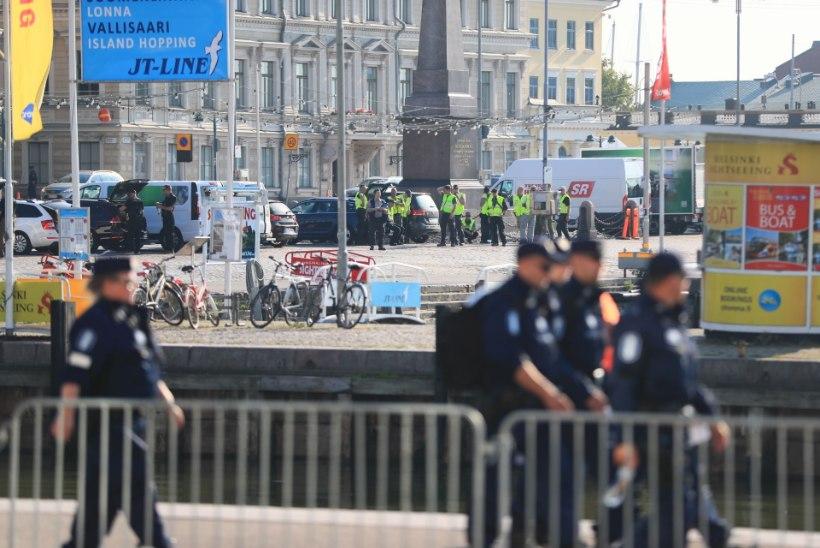 ÕHTULEHT SOOMES | Fotod Helsingi tänavatest Trumpi ja Putini kohtumispäeva hommikul