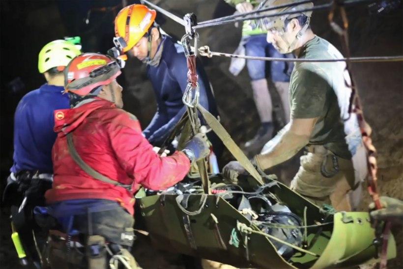 Sukeldujad Tai päästeoperatsioonist: arvestasime kuni viie hukkunuga