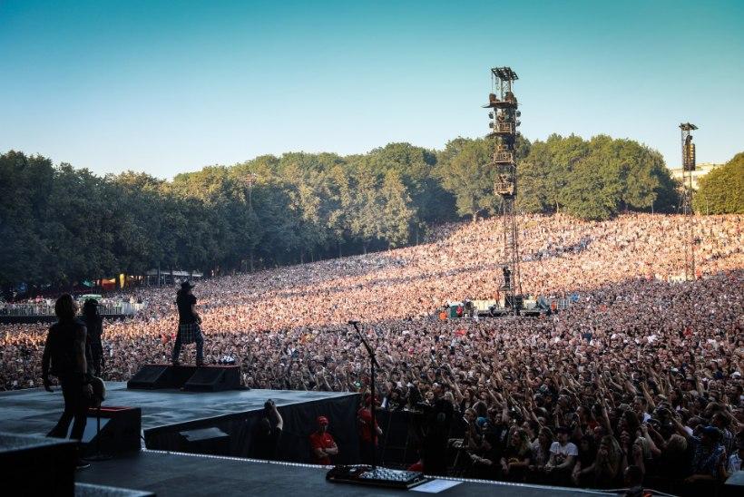 Kas käisid kontserdil? Guns N' Roses kutsub inimesi pilte jagama