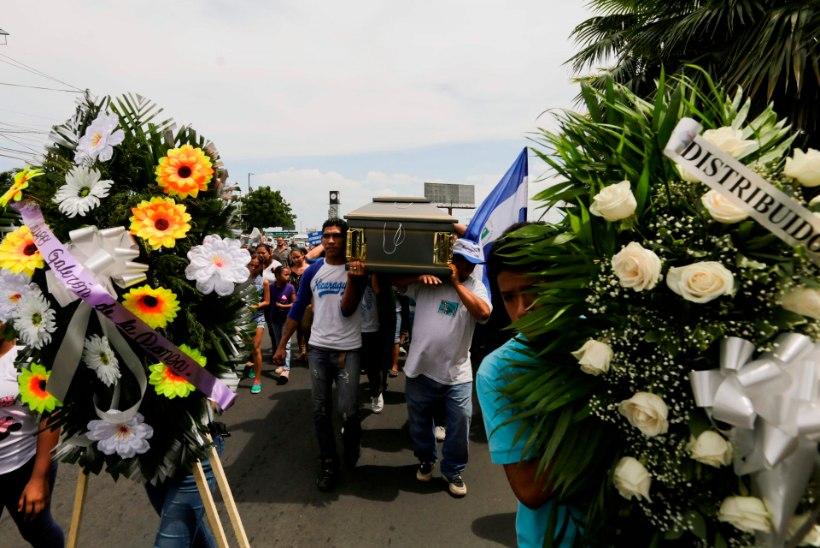 KA KIRIKUS POLE PÄÄSU: Nicaraguas on hukkunud üle 300 meeleavaldaja