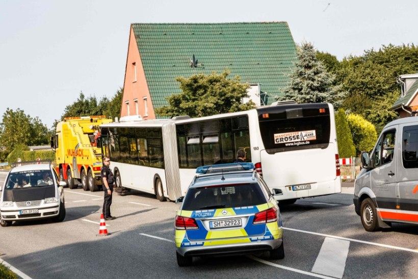 Lübeckis ründas mees bussis inimesi noaga, viga sai 9 inimest