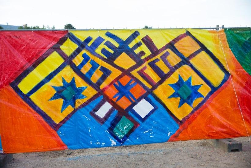 FOTOD | Narva kunstiõpilased said Baltic Sunil maha hiiglasliku maaliga
