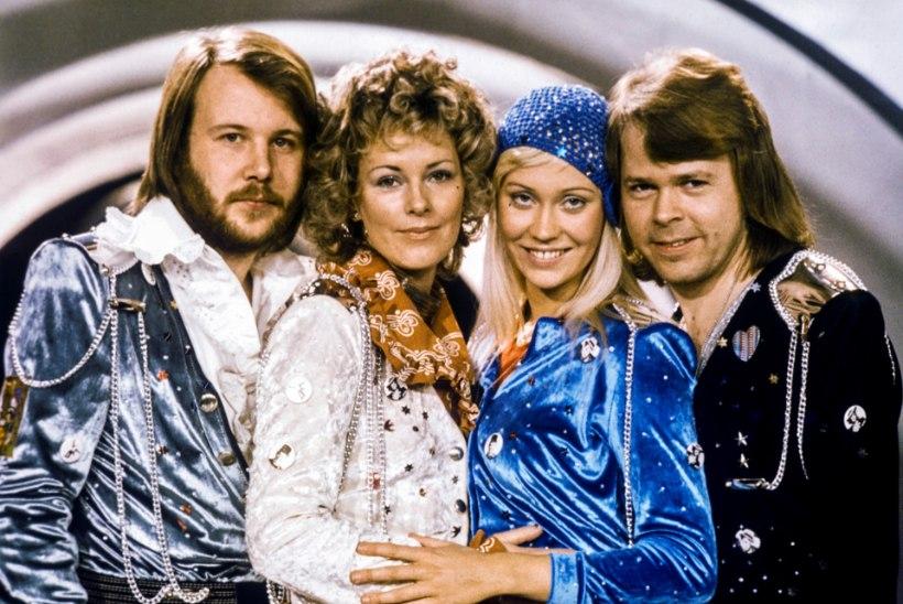 """LIIGNE POLIITKORREKTSUS? ABBA hitid roogiti """"Mamma Mia!"""" jaoks siivsamaks"""