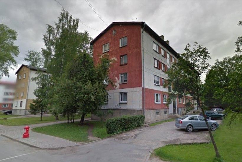 Tapmine Võrus: korterist avastati 71aastase mehe lõikehaavadega surnukeha