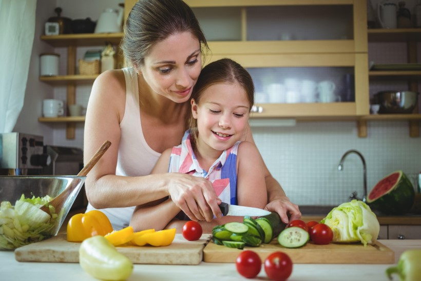NII VÄLDID RASKEID TÕBESID: järgi neid viit toiduohutuse kuldreeglit!