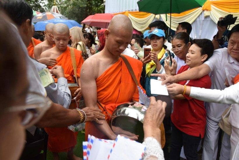 FOTOD | Tai koopapoisid on kloostris tundmatuseni muutunud