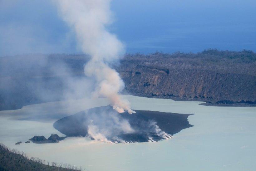 Vulkaaniohu tõttu evakueeriti täielikult Aoba saar