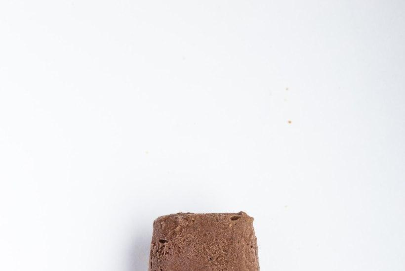 KUTSUVALT VÄRVILISED JA MAITSVAD: jahutavate pulgajäätiste suvine paraad
