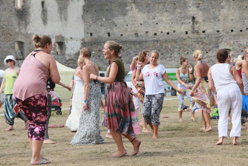 GALERII | Tantsu ja tralli! Vaata, kuidas möödus joogafestivali teine päev