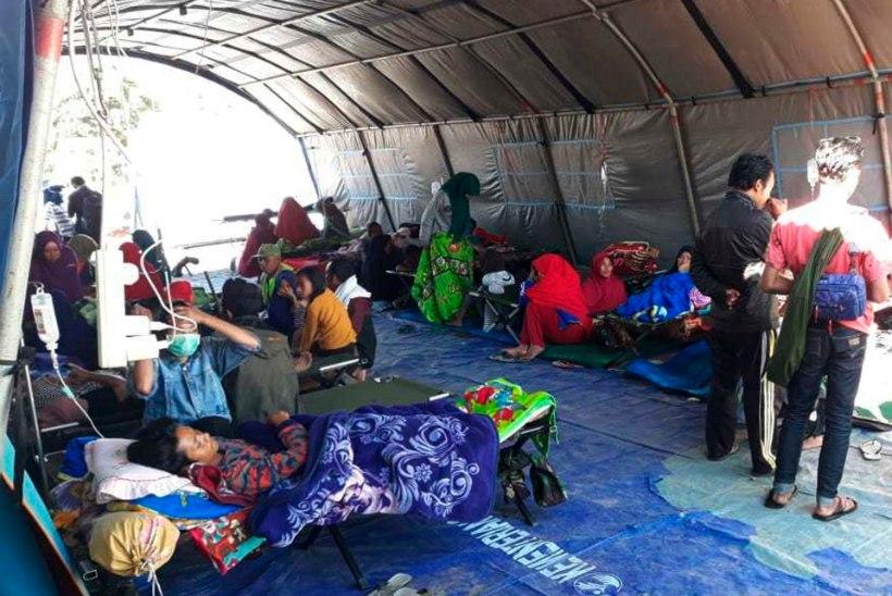 Indoneesias jäi populaarsele matkarajale lõksu ligi 200 inimest