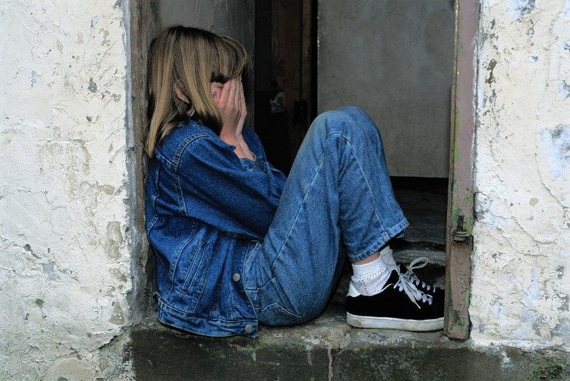 Beebid lapsendatakse tundidega, kooliealiste puhul kammitseb lapsendajaid hirm
