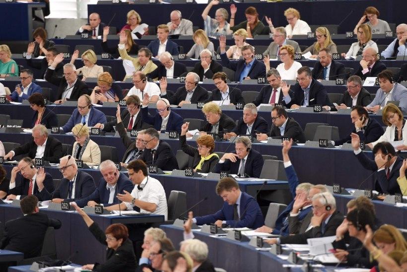 Eurosaadikud hääletasid vastuolulise autoriõiguse seaduse maha