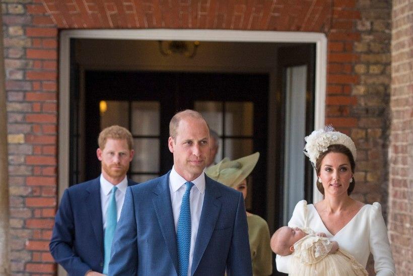 GALERII | Briti kuningakoda pidas prints Louis' ristseid