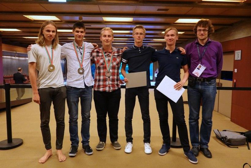 Eesti noormehed tõid rahvusvaheliselt füüsikaolümpiaadilt kolm medalit