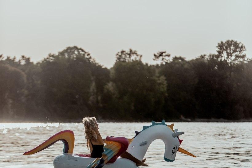 FOTOVAATLUS | Kuuma päikese eest merre sukeldun ma!