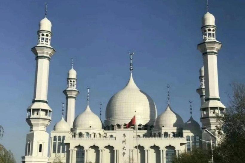 Kohalikud kaitsevad pühamut, mida Hiina ametnikud maha tahavad lammutada