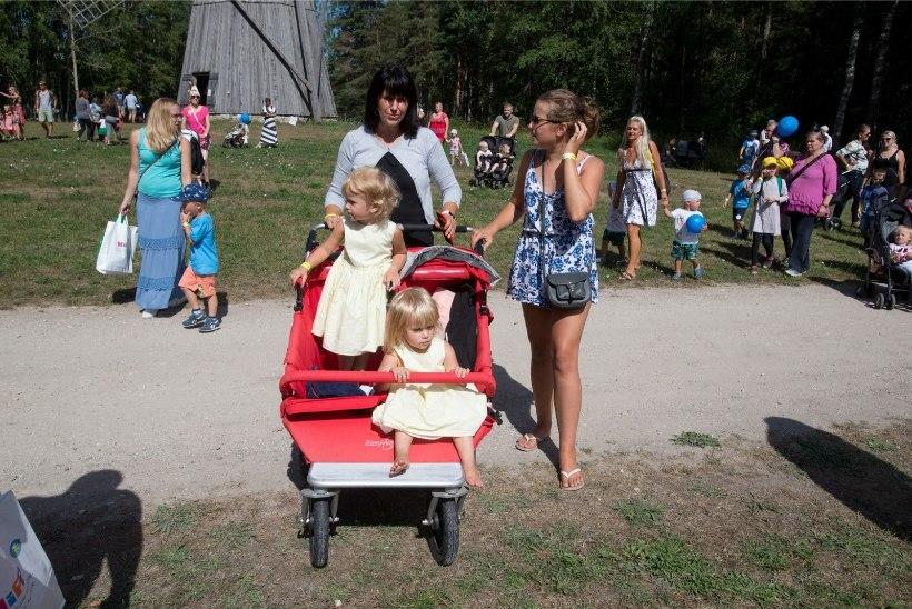 GALERII | Mitmikute kokkutulekul kohtusid sajad kaksikud ja kolmikud
