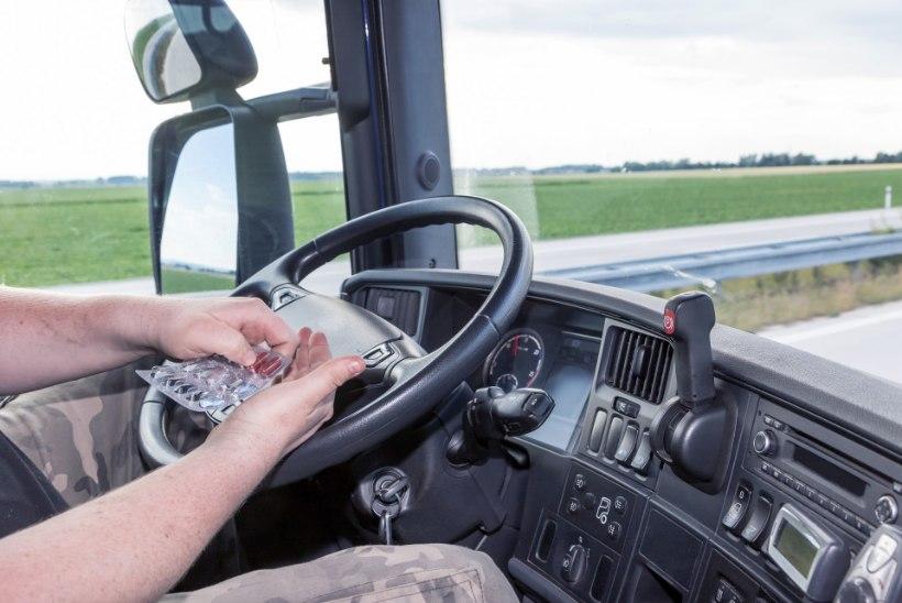 """Ravimijoove on ohtlik: politsei võib """"laksu"""" all juhi roolist kõrvaldada"""