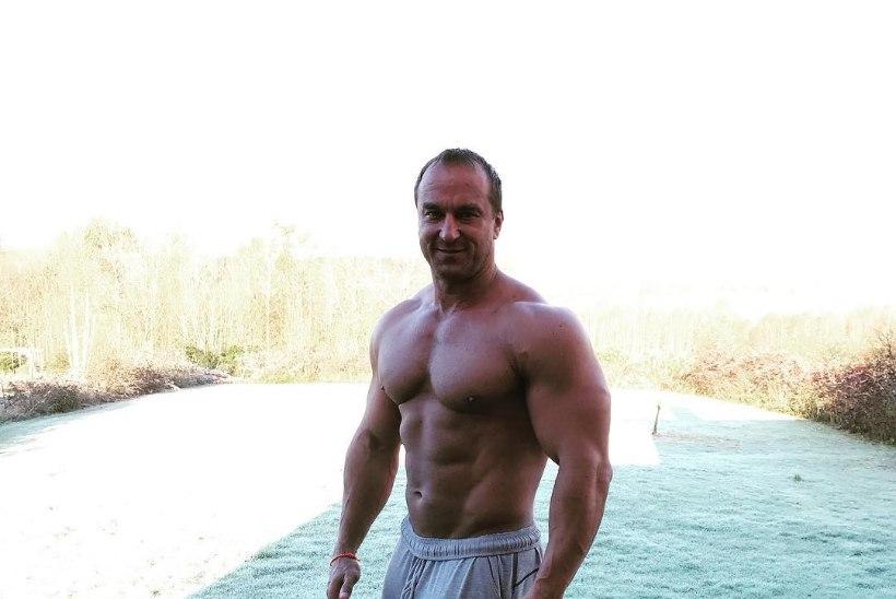 FOTOD | Pöörane poissmeestepidu ehk Vaata, kelleks kehastus musklimees Argo Ader