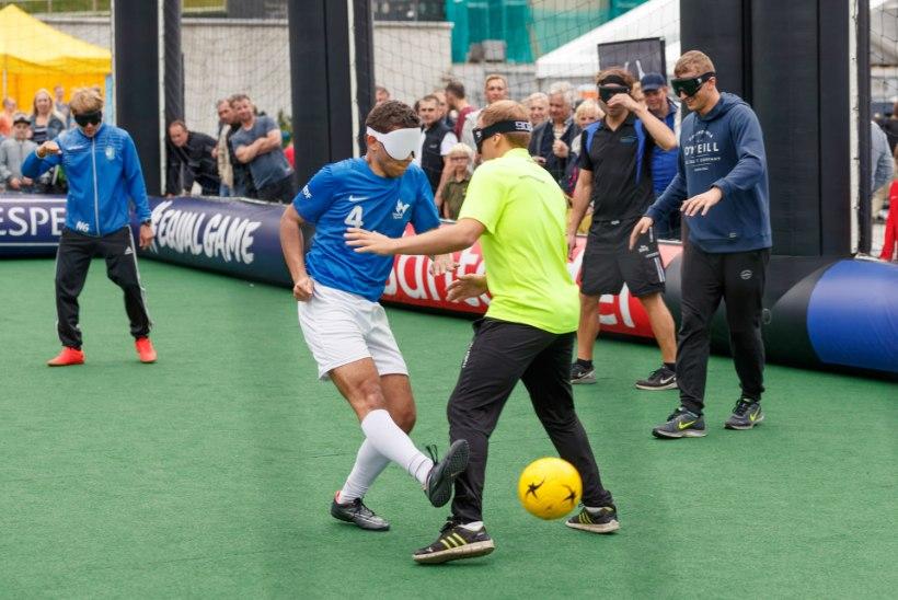 ÕL VIDEO JA GALERII | Superkarikas tõi Tallinnas mänguplatsile ka pimedad mängijad